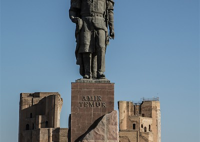 Shahrisabz: Statue des Amir-Timur