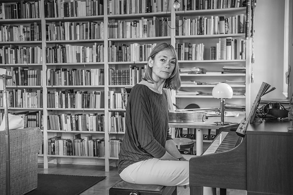 Privat spielt Petra B. Klavier