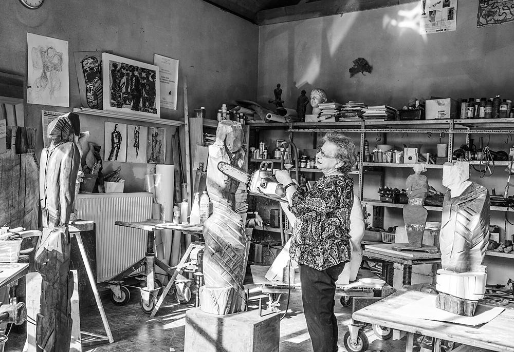 Roswitha Z., Bildhauerin