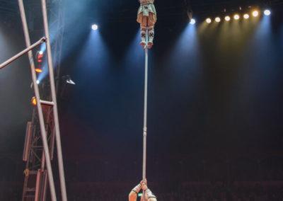 Die Schleuderbrett-Akrobaten des Staatszirkus der Mongolei
