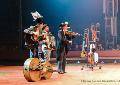 Die musikalische Clowngruppe Släpstick (2)