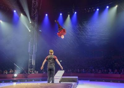 Akrobatik am Schleuderbrett