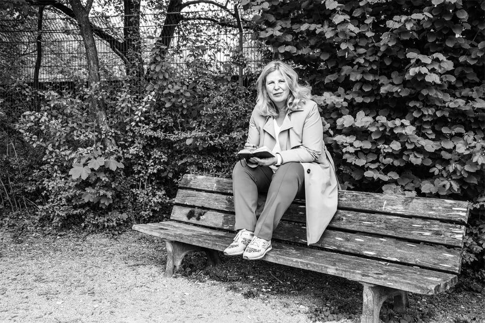 Privat mit ihrem Kajak am Neckar