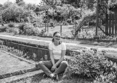 Dragica N. privat in ihrem Garten
